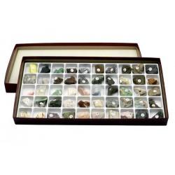 7038 Raccolta di 50 minerali e rocce