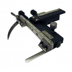 M-040 Tavolino con meccanismo traslatore.