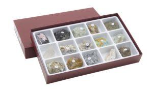HS2305 Raccolta di 15 cristalli naturali